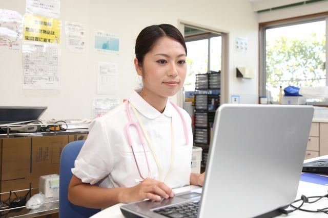 看護師必見!誰でも実践できる申し送りノートの書き方3ステップ