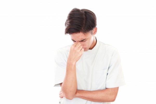 仕事の忙しさ、人間関係の大変さに辞めたいと思った|看護師辞めたいアンケート イメージ