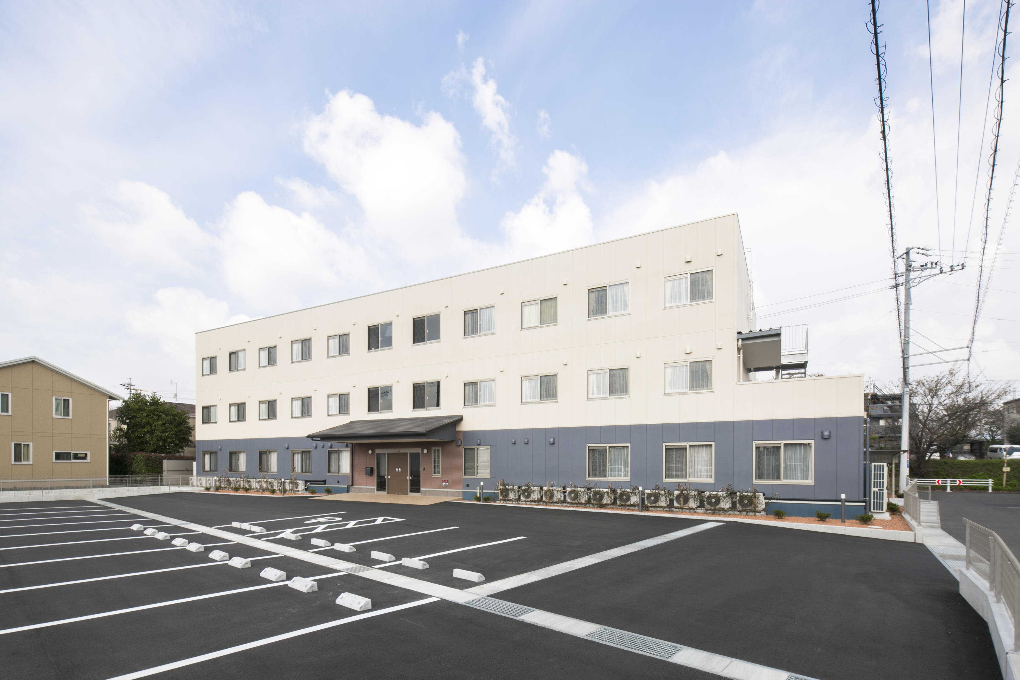 【正社員】<正看護師>マネジメント業務に興味ある方歓迎!介護施設の看護の管理業務のお仕事です!|静岡県藤枝市 イメージ